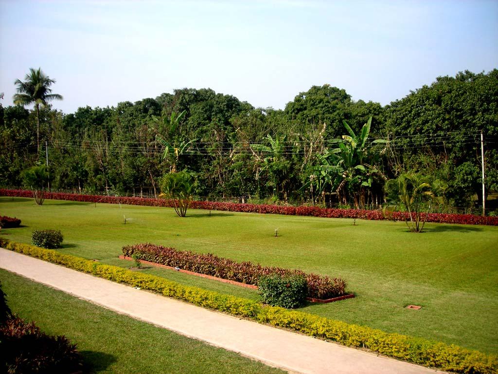 Katra Masjid Garden, Murshidabad