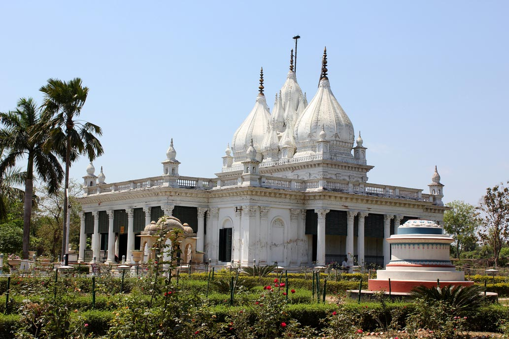 Adinathji Mandir - Pareshnath Temple, Kathgola Palace Garden, Murshidabad