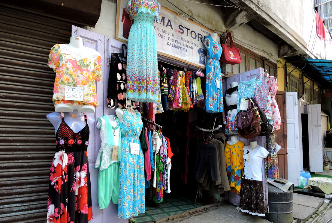 Cloth and garments market in Kalimpong